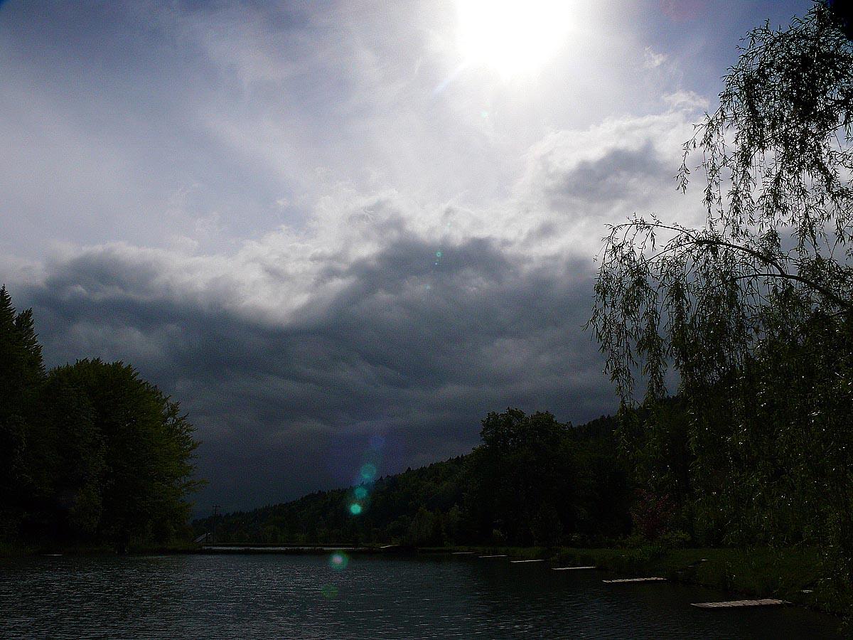 Búrka nad rybníkmi